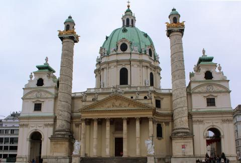 Карлскирхе в Вене