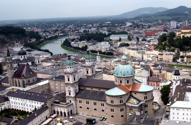 Вид на Зальцбург